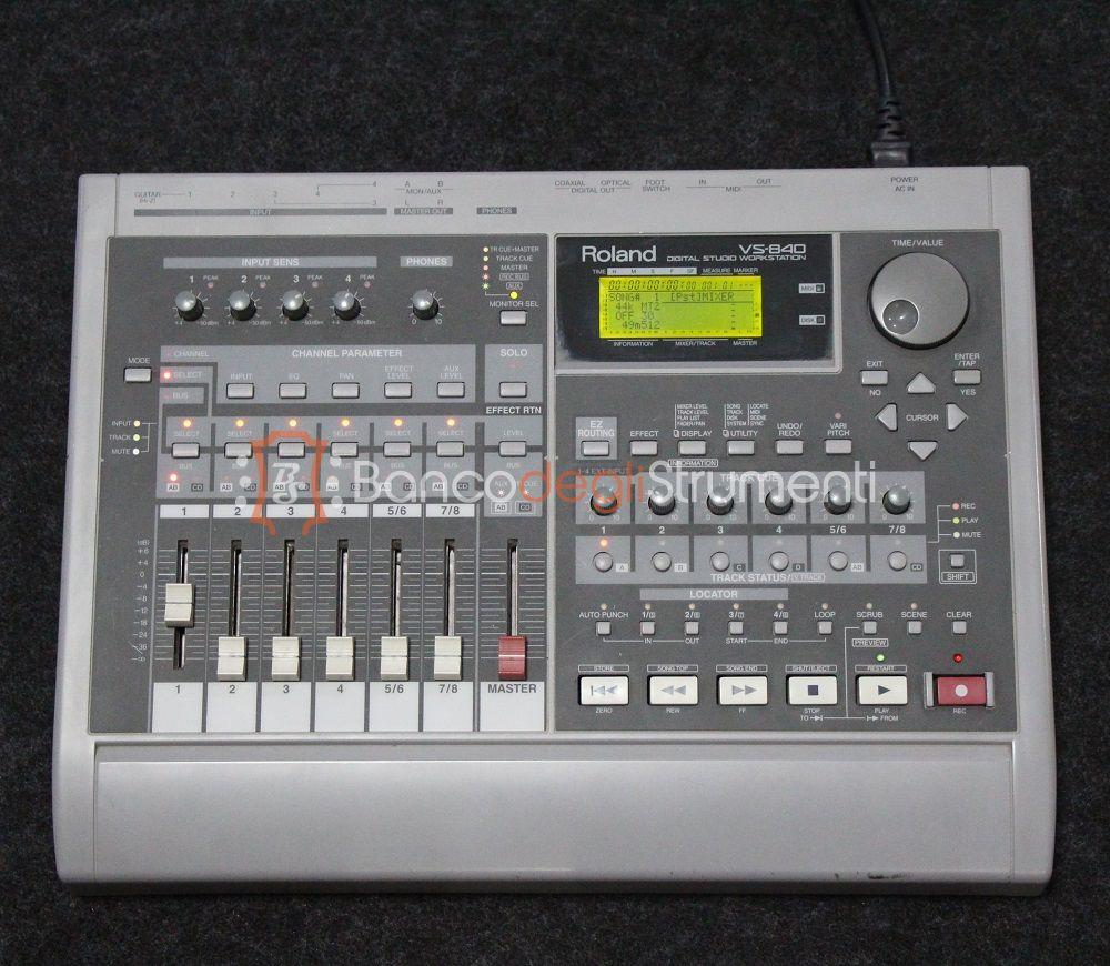 roland digital studio workstation vs 840 registratore e mixer digitale usato banco degli. Black Bedroom Furniture Sets. Home Design Ideas